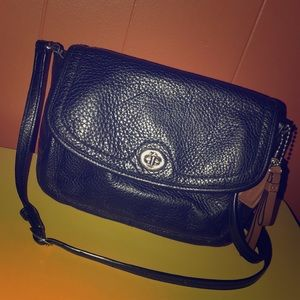 Coach Park Flap Black Leather Crossbody F28725